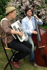musikerna_ute_1_500